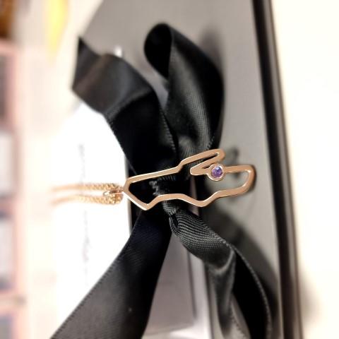 Necklace02.jpg